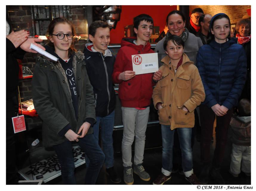 """Cette classe de 6ème du collège des Ormeaux a remporté le premier prix (500 euros) de notre concours """"Illustrez votre CEM!"""". Chapeau !"""